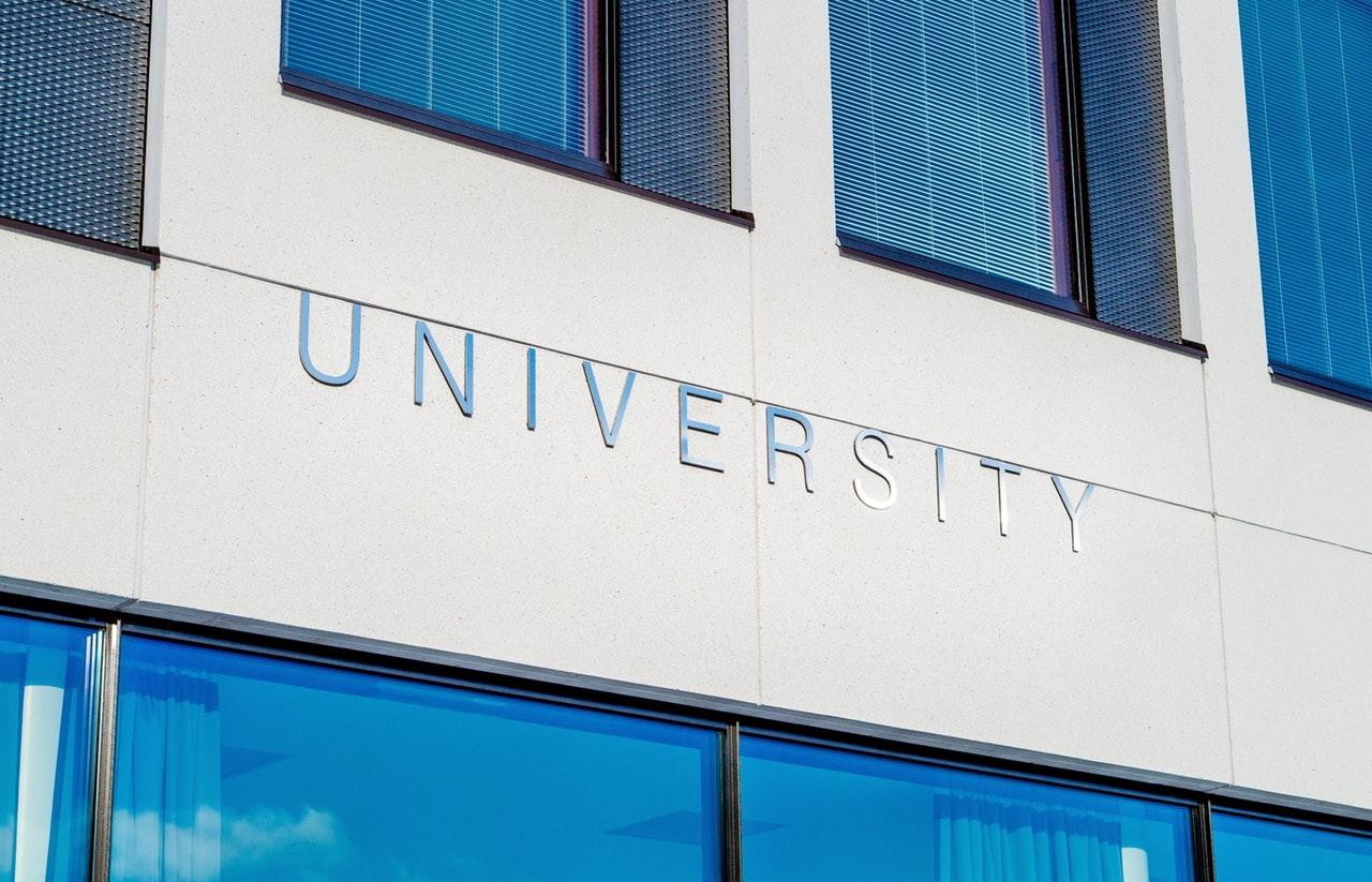 日本の大学初! 千葉商科大学が「自然エネルギー100%大学」への宣言発表